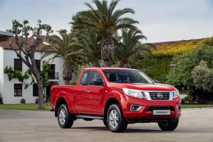 Nissan Navara Pickup PickUp King Cab 4wdS 2.3 dCi 4WS 163PS Acenta Pickup Double Cab Manual [Start Stop]