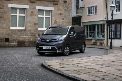 Toyota PROACE Van Medium 1.5 D FWD 100PS Active Van Manual