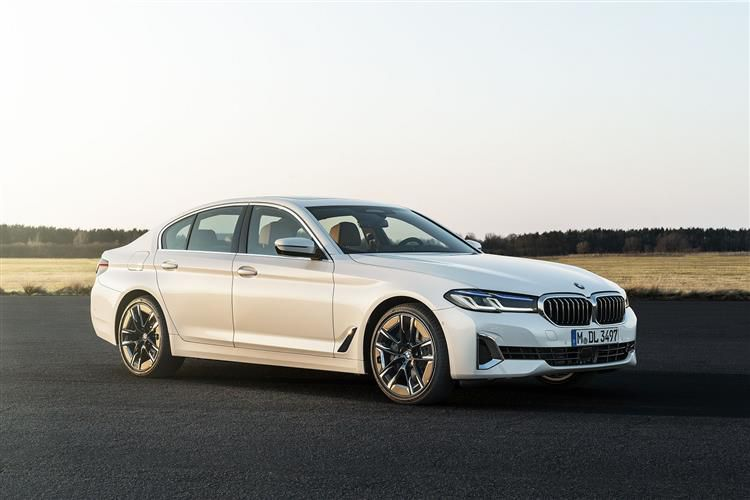 BMW 5 Series 540 xDrive Saloon 3.0 i 340PS M Sport 4Dr Auto [Start Stop] [Tech]