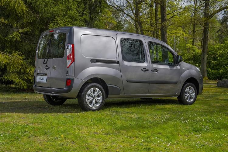 Nissan NV250 L2 1.5 dCi FWD 95PS Tekna Van Manual [Start Stop]