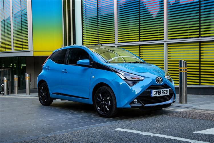 Toyota Aygo Hatch 5Dr 1.0 VVTi 71PS x-cite Safety Sense 5Dr Manual