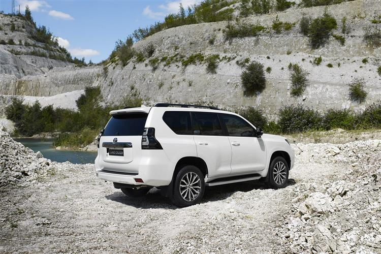Toyota LandCruiser SUV 3Dr 4wd 2.8 D 204PS Active 3Dr Auto [Start Stop] [5Seat Navi]