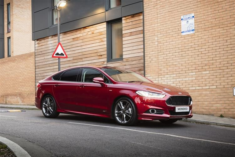 Ford Mondeo Saloon 2.0 TiVCT HEV 187PS Zetec Edition 4Dr CVT [Start Stop]